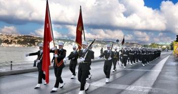 Kapatılan askeri liselerin öğrencileri