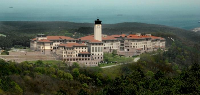 Türk üniversitesi
