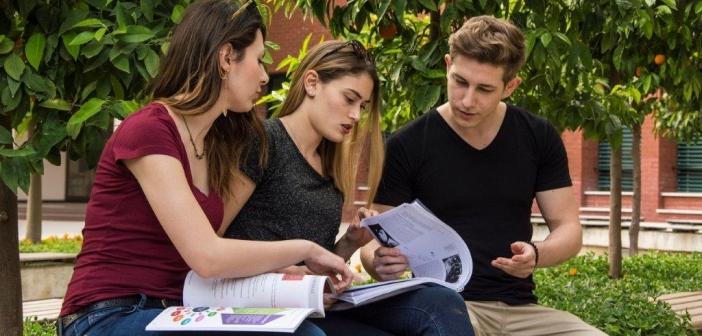 Şehit yakınlarına özel öğrenci statüsü