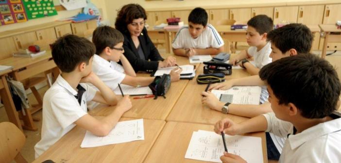 'Bıyıklı okullar'