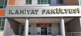 Yargı, ilahiyat için sınavsız geçişi iptal etti